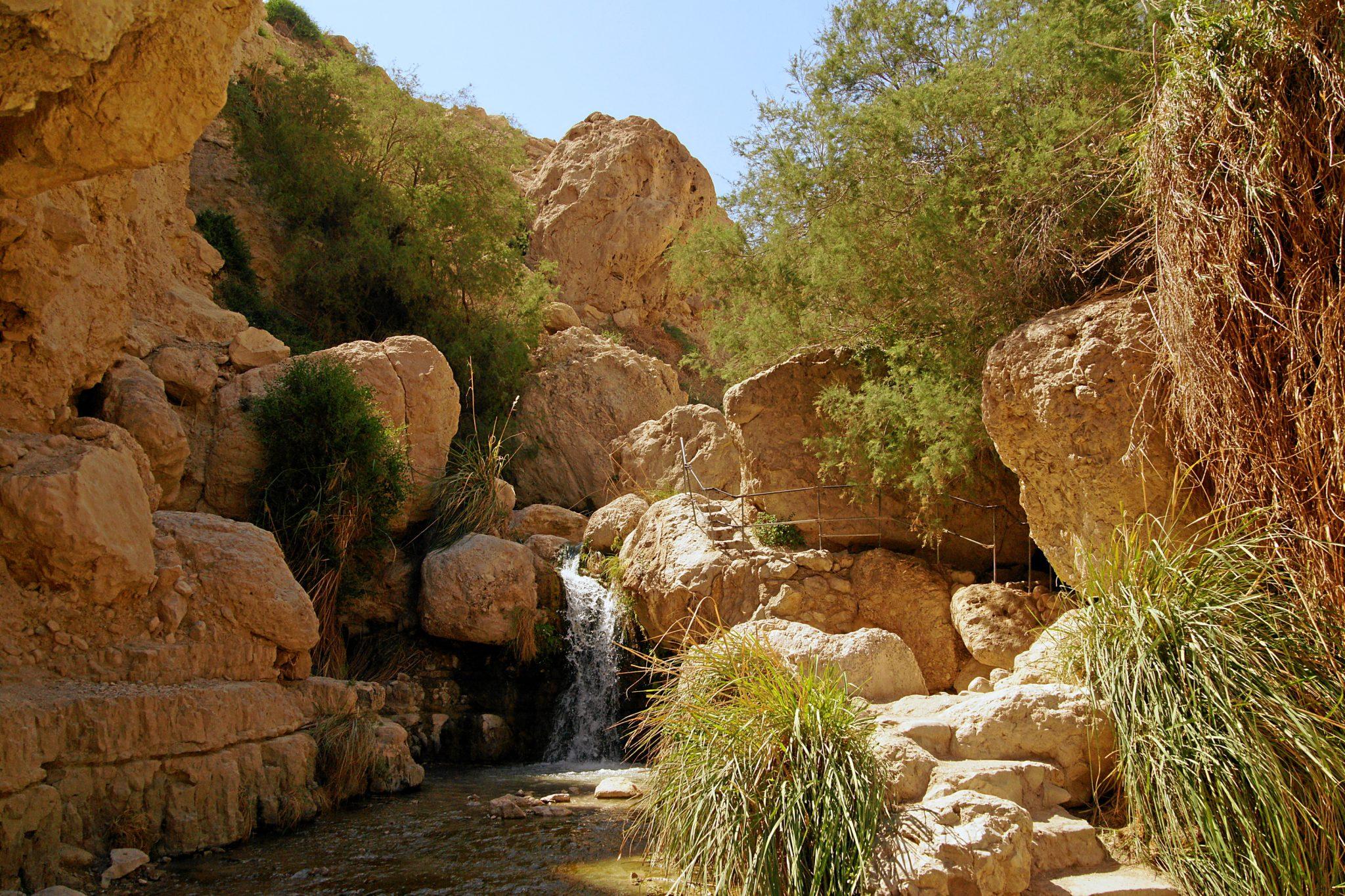 boulders waterfall