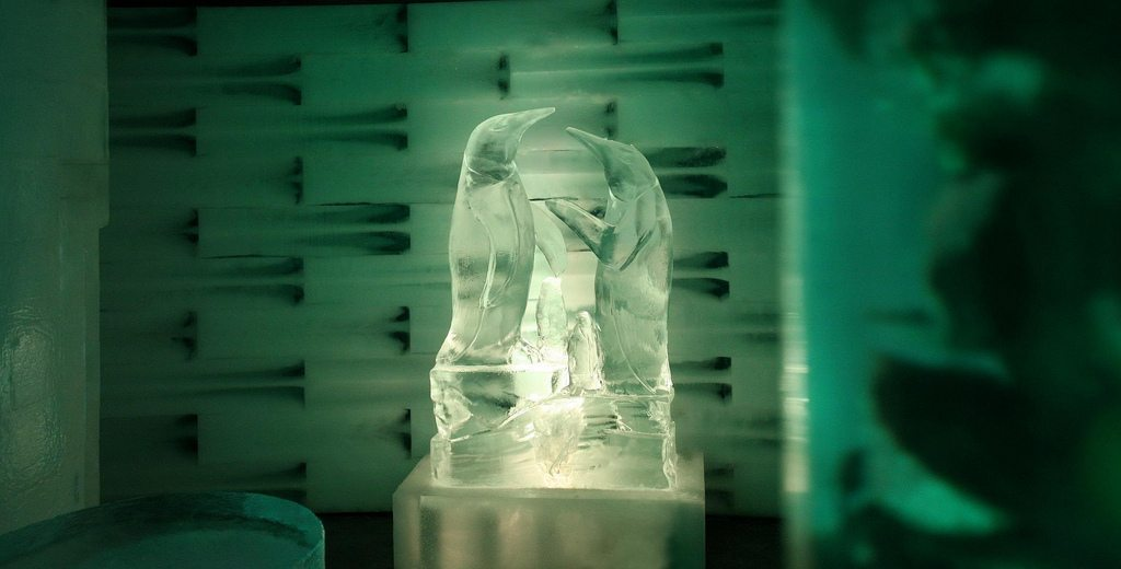 ice space in Eilat has sculptures and figurines made of ice