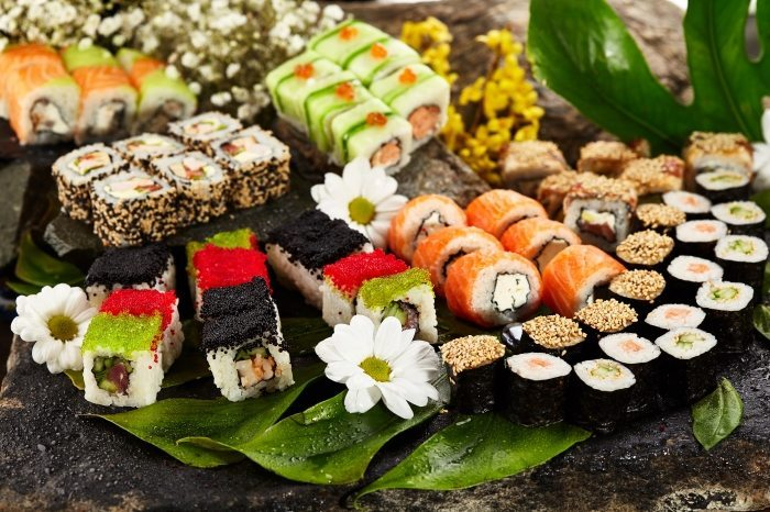 Nini Hachi in Tel Aviv serves sushi as well as traditional Asian cuisine and they also deliver