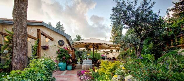 magical garden delightful food