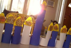 Toilet Paper+Sparkles= Your Own DIY Menorah